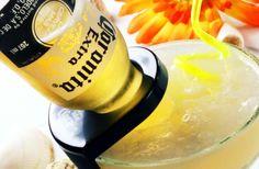 ビール瓶が刺さってる!?カクテル「コロナリータ」はビールで溶かしながら飲む