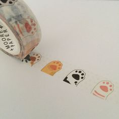 1 roll of fun washi tape in a repeating pattern. Perfect for planners and journals. Each roll measures approximately 15mm in width and is 7 metres in length. ================================================================================================