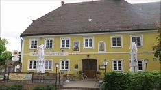 Hotel Eberl Hattenhofen in Bayern - Hotel Gasthof & Metzgerei im Fürstenfeldbrucker Land in Hattenhofen zwischen München und Augsburg.  Als ich kürzlich in Bayern war habe ich zwei Nächte im Hotel Erberl in Hattenhofen verbracht. Hier ein paar Eindrücke aus einem Einzelzimmer im Landhoel Eberl. Neben Einzelzimmern und Doppelzimmern gibt es im Hotel Eberl auch große Appartments aud 3-Sterne Niveau. Natürlich barrierefrei und mit Aufzug.  Mein Einzelzimmer war eines der neuen Zimmer im Hotel…
