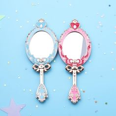 This small handheld mirror is a cute & kawaii, feminine accessory & gift for any Sailor Moon anime fan. Pink variant of the Spiral Heart Moon Rod themed design. Moon Mirror, Red Mirror, Cardcaptor Sakura, Vintage Love, Vintage Colors, Cute Jewelry, Women Jewelry, Foto Still, Kawaii Makeup