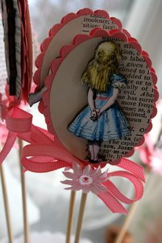 Alice in Wonderland cupcake sticks