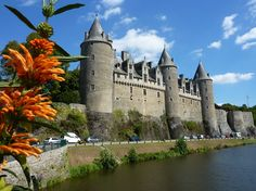 Josselin Castle from river is a medieval castle built in the century and rebuilt at various times since, Brittany, France Visit France, South Of France, Fairytale Castle, Beautiful Castles, Medieval Castle, Tuscany Italy, Beautiful Places To Visit, Beautiful Things, France Travel
