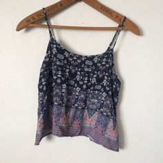 Cute Patterned Crop Top A flowy little crop tank from Mudd. Super adorable. Size small. Tops Crop Tops