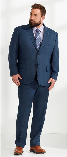 Bigger man Fashion Ideas and Inspiration. mens fashion big guys are a must checkout If you wear plus size clothes. Mens Fashion Suits, Man Fashion, Fashion Ideas, Street Fashion, Big And Tall Mens Suits, Tall Guys, Big Guys, Casual Wedding Outfit Guest, Big And Tall Style