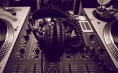Five reasons why DJs need to learn to produce tracks