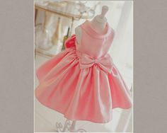 Light Pink Flower Girl Dress/Big bow back girl dress. Material: Cotton, soft polyester fabric, tulle mesh, satin. Available from 1 - 12 years. Free shipping.