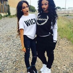 Black Girls With Swag Outfits Legging Jeans, Baggy Pants, Jeans Denim, Baggy Tshirt, Denim Shoes, Dope Fashion, Fashion Killa, Urban Fashion, Swag Fashion