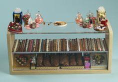 display cabinet miniature