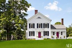 Drawing inspiration from ancient Greece, the style found popularity during the mid-1800s. Greek Revival homes often feature columns…