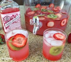 Sweet Revenge Strawberry Jungle Juice - For more delicious recipes and drinks, visit us here: www.tipsybartender.com