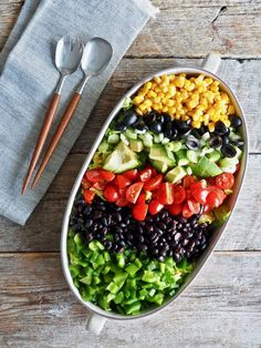 Tacosalat med kylling Cobb Salad, Grilling, Tacos, Food And Drink, Red Peppers, Crickets, Backen