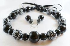 Set – Black with flowers Black Is Beautiful, Beaded Bracelets, Flowers, Handmade, Jewelry, Fashion, Fimo, Jewellery Making, Moda