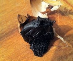 Fermented Garlic (Black Garlic)