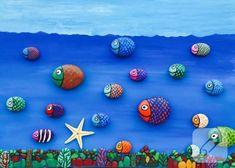 taş boyama nasıl yapılır, üzerine dekupaj nasıl uygulanır gibi püf noktalarını anlattığımız videodan faydalanarak siz de böyle balık şeklinde taşlardan oluşan duvar süsleri...