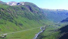 Индивидуальные экскурсионные туры в Норвегию. Цены от туристической компании «VISITRUNO»   http://visitruno.com/stati/ekskursionnye-tury-v-norvegiyu-ceny.html ... Наступила пора интересных и захватывающих туров. И, конечно же, прогрессивным и профессиональным туристам надоело постоянно летать в Турцию или Египет. Вот именно для любителей ярких впечатлений, прекрасного и незабываемого отдыха, компания «VISITRUNO» предлагает индивидуальные экскурсионные туры в Норвегию, цены на которые…