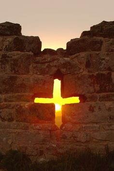"""""""O Cross of Christ, teach us that the rising of the sun is more powerful than the darkness of night, and God's eternal love wins always."""" Pope Francis- Image The Light by Max von Schneider on Cross Pictures, Jesus Pictures, Religion, The Cross Of Christ, Jesus Art, Kirchen, Holy Spirit, Sunrise, Beautiful Pictures"""