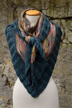 Nimm was da is/Take what's there by Florentine - Malabrigo Mechita and Sock in Diana and Azules colorways Knit Cowl, Knitted Shawls, Crochet Scarves, Knitting Scarves, Knit Or Crochet, Crochet Shawl, Crochet Vests, Crochet Cape, Crochet Edgings