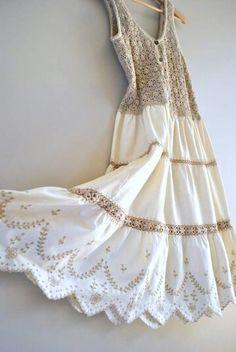 crochet dress // oats and honey crochet and cotton // vintage boho dress Crochet Fabric, Crochet Blouse, Knit Crochet, Crochet Patterns, Cotton Crochet, Sewing Patterns, 70s Fashion, Fashion 2020, Vintage Fashion