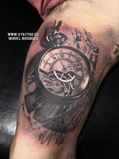 reloj abstracto v tattoo copia