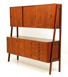 Gorgeous, Danish modern teak sideboard or credenza or buffet hutch.