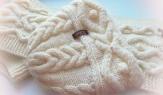 Ручная работа Шапочка и шарф узором с косами и шишечками