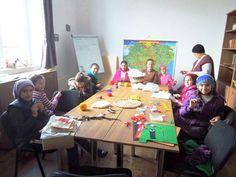 Bunici adoptaţi de copii la Bucium, în Făgăraş | Ziarul Lumina  http://ziarullumina.ro/actualitate-religioasa/bunici-adoptati-de-copii-la-bucium-fagaras