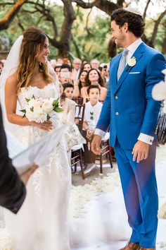 hola - Vue Photography Smiles everywhere at this Vizcaya Museum and Gardens wedding ceremony dress by: Mira Zwillinger Grooms suit: Michael Andrews Bespoke