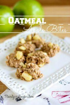 Oatmeal Apple Bites on Mandys Recipe Box #cookies #apples