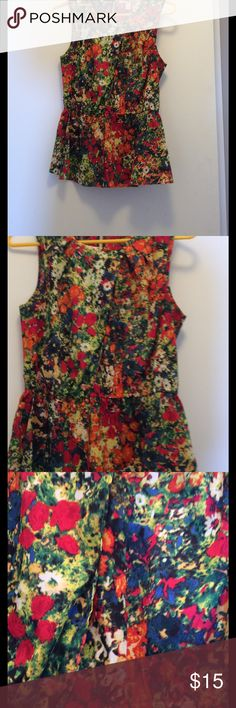 Peplum floral top used size S used Peplum floral top used size S used forever 21 Forever 21 Tops Tank Tops