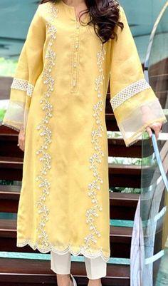 Beautiful Pakistani Dresses, Pakistani Formal Dresses, Pakistani Fashion Party Wear, Pakistani Dress Design, Nikkah Dress, Pakistani Lawn Suits, Pakistani Dresses Online, Punjabi Suits, Dress Indian Style