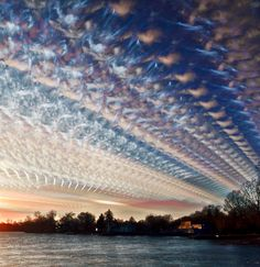 Whoa!  If I woke up one day and sky looked like this... I would defiantly not, be going to work that day!  This would be a day to sit back and wait for something really big to happen.