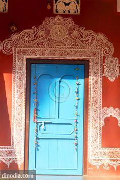 Painting on wall ; Raghurajpufr called artist village ; famous for making Patta Chitras ; Jagannathpuri ; Bhubaneswar ; Orissa  ; India