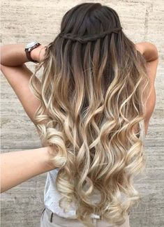 33 perfect balayage blonde hair color trends for 2019 00011 … – Hair Beauty Hair Color Balayage, Blonde Balayage, Hair Highlights, Blonde Hair, White Highlights, Blonde Honey, Honey Balayage, Ombre Hair Color, Summer Hairstyles