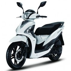 Pick up client at the airport in Mallorca, Free service and enjoy the trip. Do not worry about traffic or high transport prices Scooter 125, Scooter 50cc, Triumph Motorcycles, Cars And Motorcycles, Scooters, Ducati, Yamaha, 49cc Moped, Vespa Vintage