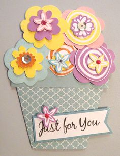 Spring-inspired flower pot card, created by Denise Tarlinton