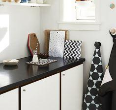 Scandinavian Home Decor With Modern Desk Lamp And White Flower On Vase Design For Scandinavian Home Decor Singapore~ Popular Home Interior Decoration Deco Design, Küchen Design, Home Design, Interior Design, Scandinavian Kitchen, Scandinavian Design, Nordic Design, Nordic Kitchen, Diy Countertops
