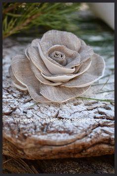 Rose in lino e acciaio