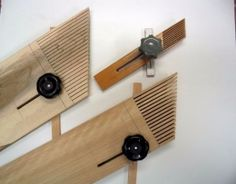 Woodworking Jigs great article on making feather boards and their miter slot runners Woodworking Table Saw, Antique Woodworking Tools, Unique Woodworking, Intarsia Woodworking, Woodworking Supplies, Woodworking Workbench, Woodworking Workshop, Woodworking Magazine, Woodworking Store