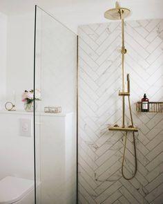Indian Home Interior .Indian Home Interior Bathroom Spa, Bathroom Renos, Small Bathroom, Indian Home Interior, Bathroom Interior Design, Interior Ideas, Master Shower, Elegant Homes, Apartment Interior