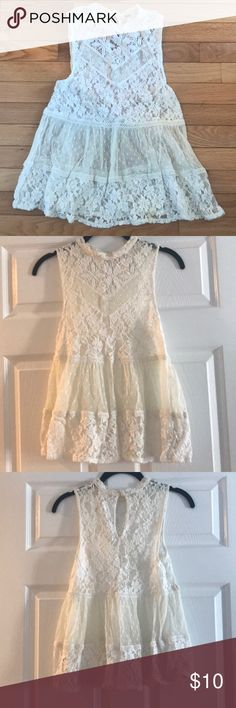 Free People Lace Blouse - XS Free People Lace Blouse - XS. Slight discoloration in middle section of lace. Free People Tops Blouses