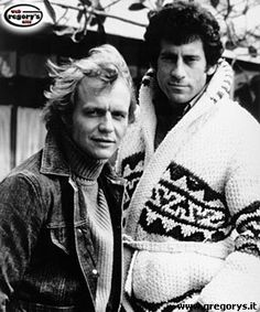 Back in the day: The actors pictured on the show's set in with David Soul (left) as Kenneth 'Hutch' Hutchinson and Paul Michael Glaser as David Michael Starsky Paul Michael Glaser, Starsky & Hutch, Movies And Series, Tv Series, Tv Vintage, Mejores Series Tv, David Soul, Actor Picture, Old Tv Shows