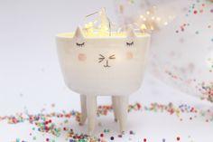 porcelain cat bowl