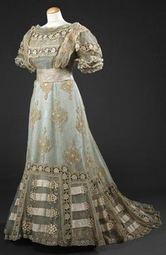 c. 1900 evening gown?