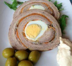 Matambre arrollado,  se puede ver la receta en:  http://blog.recetasargentinas.net/matambre-arrollado/