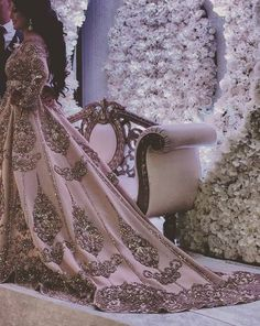 Amazing Outfit Ideas for Every Personal Style Morrocan Dress, Moroccan Bride, Moroccan Wedding, Moroccan Caftan, Style Caftan, Caftan Dress, Modest Wedding Gowns, Bridal Dresses, Remove Makeup From Clothes
