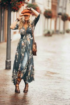Looking for the best in hippie chic and bohemian? Find out all about the 10 best boho brands from Australia. Looking for the best in hippie chic and bohemian? Find out all about the 10 best boho brands from Australia. Boho Outfits, Fashion Outfits, Hippie Chic Outfits, Gypsy Style Outfits, Fashion Clothes, Boho Chic Outfits Summer, Fashion 2017, Womens Fashion, Latest Fashion