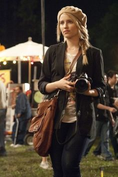 Dianna Agron from 'I Am Number Four'. love her look Female Character Inspiration, Style Inspiration, Writing Inspiration, Diana Argon, Lorien Legacies, I Am Number Four, Quinn Fabray, Types Of Fashion Styles, Actors & Actresses
