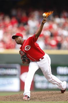 We promise. There was no photo editing done to this picture. Aroldis Chapman just throws that hard.