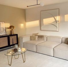 Living Room Themes, Living Room Interior, Small Space Living, Living Spaces, Living Rooms, Design Your Bedroom, Beige Walls, Fashion Room, House Rooms