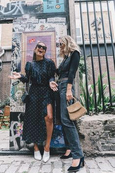 lfw-london_fashion_week_ss17-street_style-outfits-collage_vintage-vintage-topshop_unique-polka_dot_dress-white_mules-topshop_boutique-adenorah-53